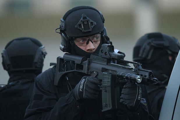 полицай от звеното за борба с тероризма в германия