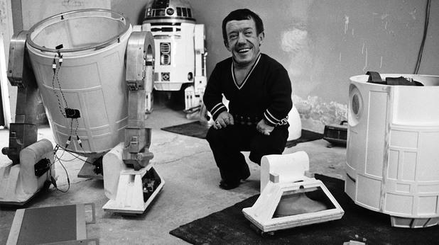 Кени Бейкър, актьорът изиграл R2-D2, почина