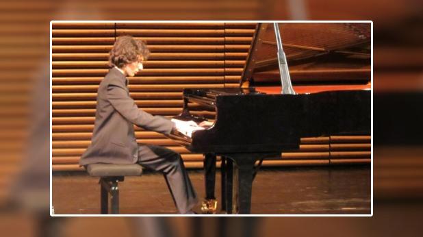 Пианистът Николай Димитров
