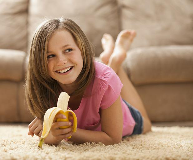 дете, банан