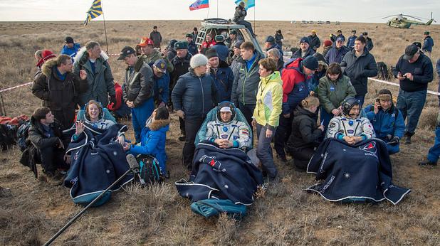 Завръщане на астронавти