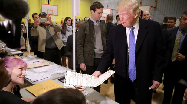Тръмп гласува