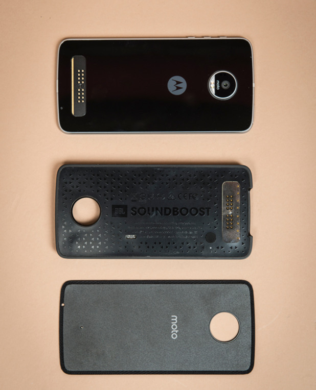 Lenovo Moto Z, Moto Mod JBL и заден панел
