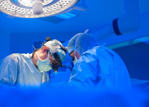 операция, болница