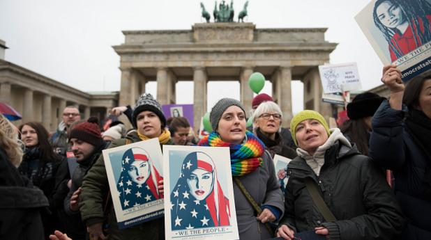 походът на жените - берлин