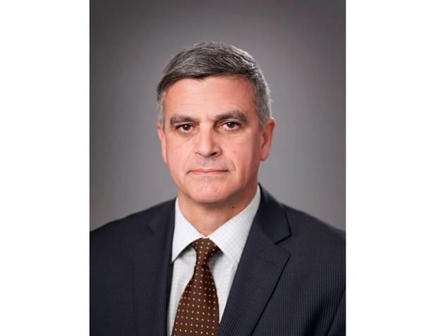 стефан янев, министър на отбраната