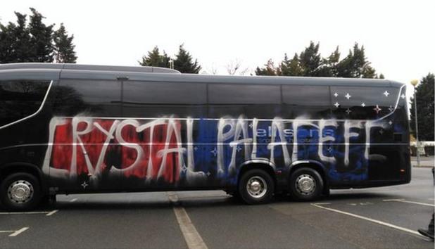кристъл палас, автобус фенове