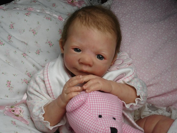 силиконово бебе