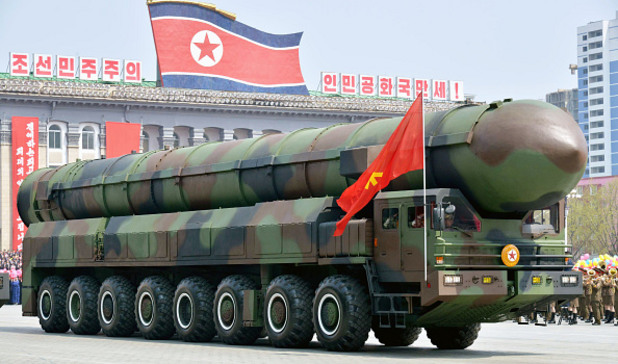 парад в пхенян, 15 април 2017