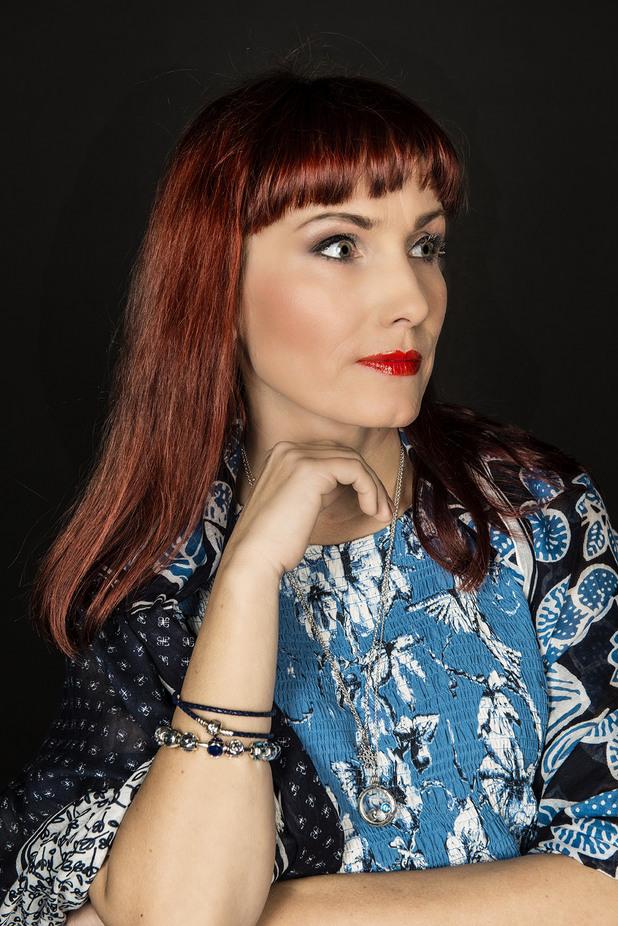Иглика Трифонова - пътешественичка, фотосесия Pandora