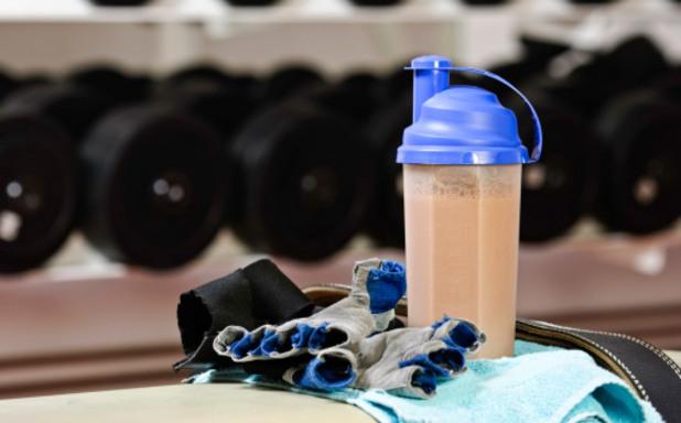 тренировка, фитнес, шейк, протеинов шейк, тежести