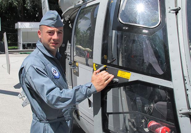 георги анастасов, пилот на военен хеликоптер пантер
