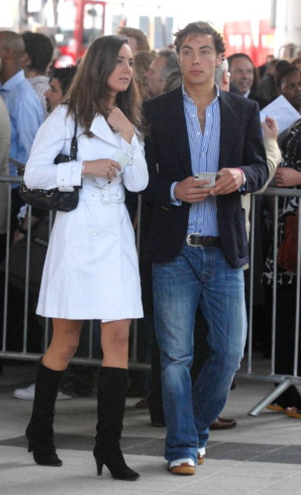 Кейт Мидълтън и брат й Джеймс през 2007