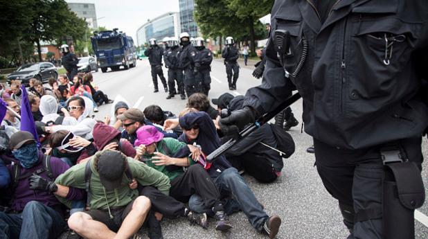 агресия,г-20,протестиращи,хамбург