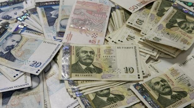 пари, левове, банкноти