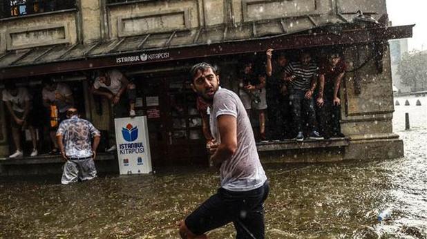 истанбул, потоп, наводение, щети