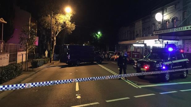 австралия, полиция, терористично нападение, арести
