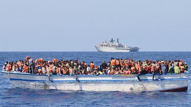 мигранти, средиземно море, бежанци, лодка
