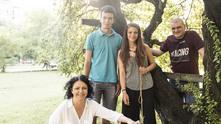 Семейство Петрови