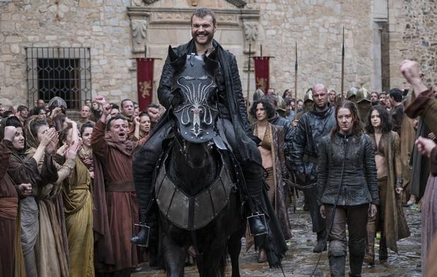 Юрон Грейджой при влизането му в Кралски чертог