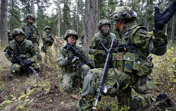 Японски войници