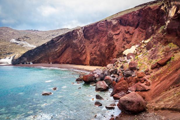 Санторини червен плаж