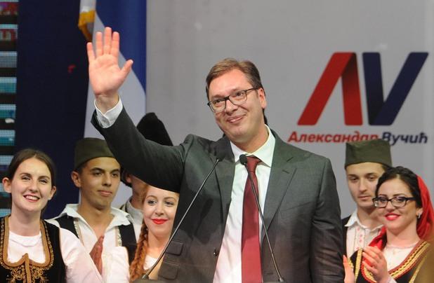 Вучич по време на кампанията си за президентските избори 2017 г.