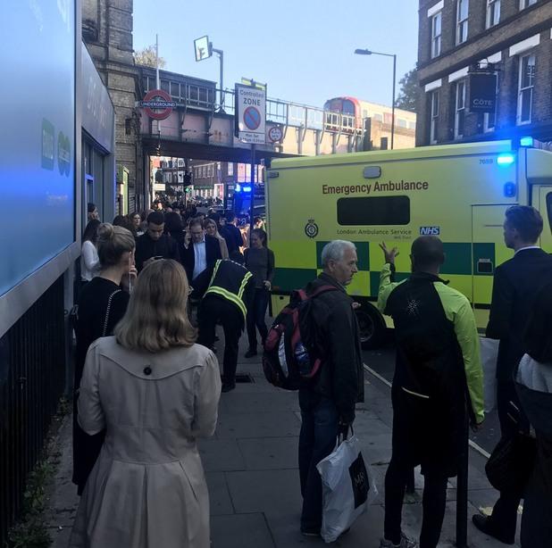 експлозия в метрото в лондон