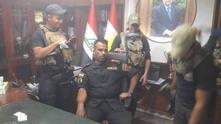Иракски войници в офиса на губернатора на провниция Киркук