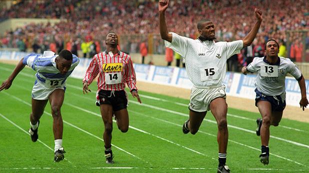 римбълоус къп, история, надбягване, най-бързите футболисти в англия, джон уилямс