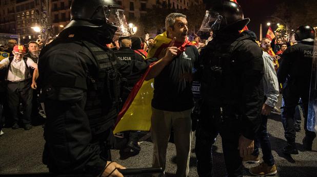 Протести срещу независимостта на Каталуния