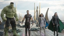 """Хълк, Тор, Валкирия и Локи в """"Тор: Рагнарок"""""""