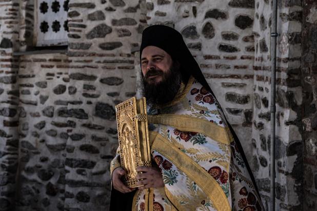православен свещеник