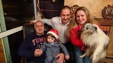 Бойко Борисов със семейството си на Бъдни вечер