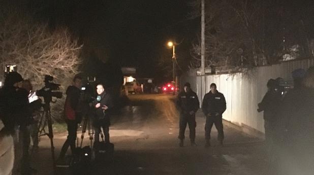 5 трупа са намерени в къща в Нови Искър