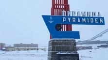 pyramiden838383