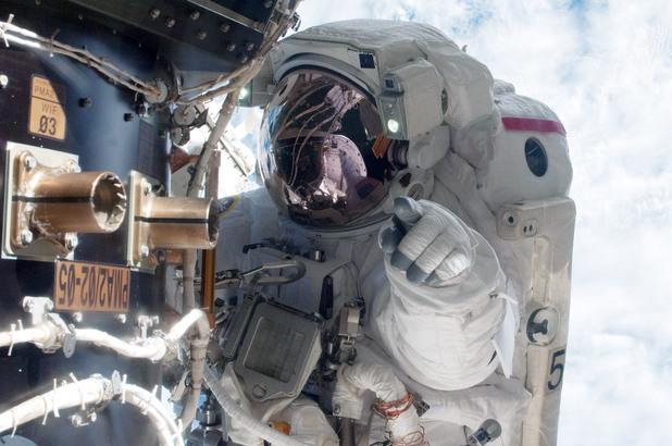 международна космическа станция,мкс