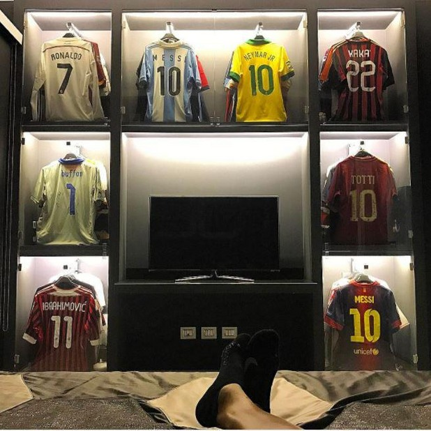 футболисти, фланелки, колекции 1