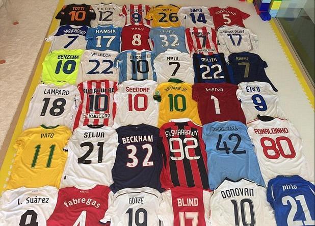 футболисти, фланелки, колекции 3