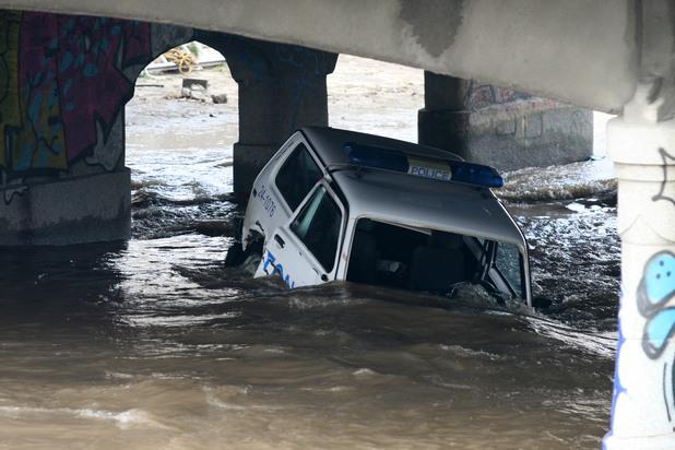 Патрулка падна във Владайска река