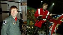 Брус Дикинсън е и пилот
