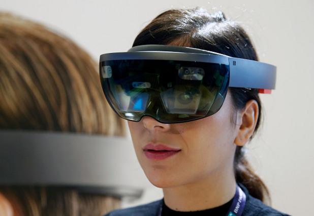 добавена реалност, виртуална реалност