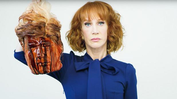 Кати Грифин с отрязаната глава на Доналд Тръмп