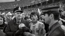 Футбол и политика