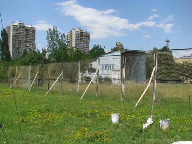 Хангар за ежедневно изпращане на метеорологичен балон във въздуха над София