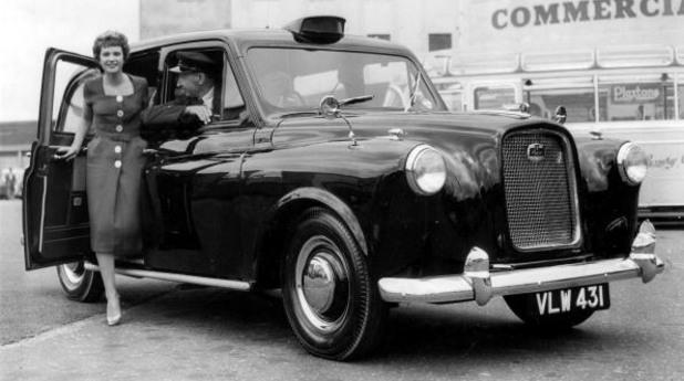 Черното такси Austin FX4
