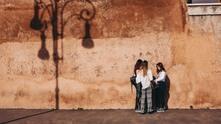 жени, жени в рим, група жени, три жени
