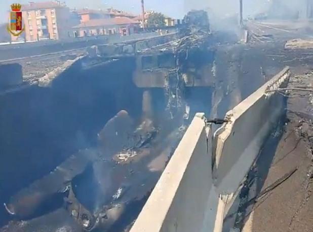 Взрив край летището в Болоня