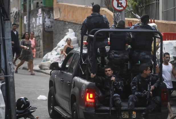 Полицаи в Бразилия