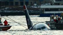 Самолет във водите на река Хъдсън